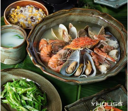 海南风情欢愉家庭套餐1份,提供免费WiFi,提供免费停车位