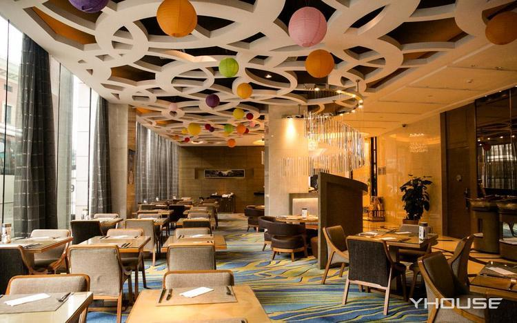 成都新东方千禧大酒店琥珀西餐厅