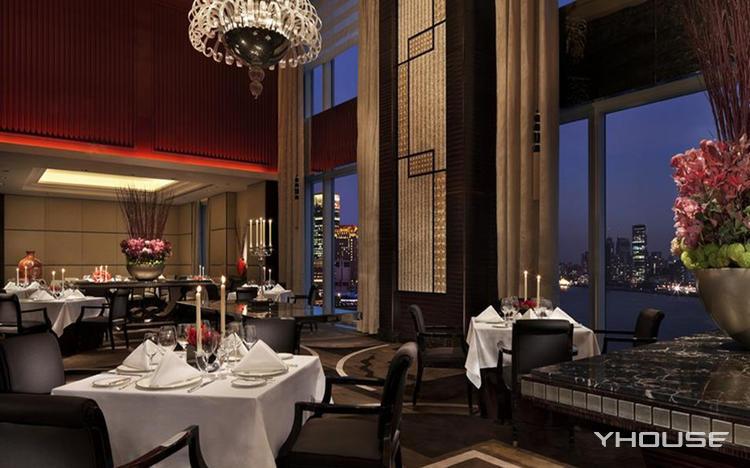 艾利爵士顶层餐厅
