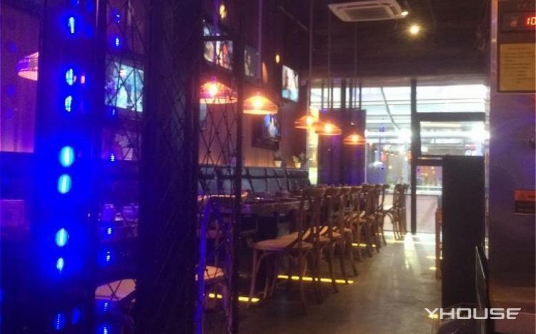 印象四季椰子鸡音乐主题餐厅