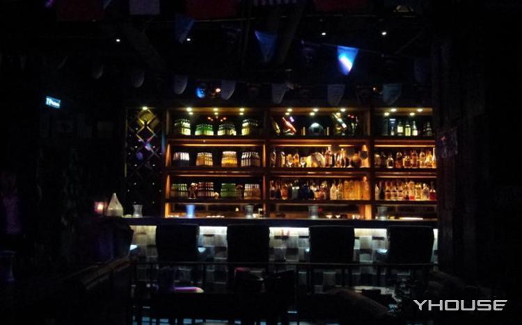 金狮會酒吧