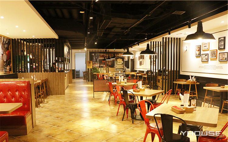 拉亚汉堡经典餐厅(郑州店)