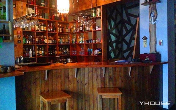 拉雅·酒吧