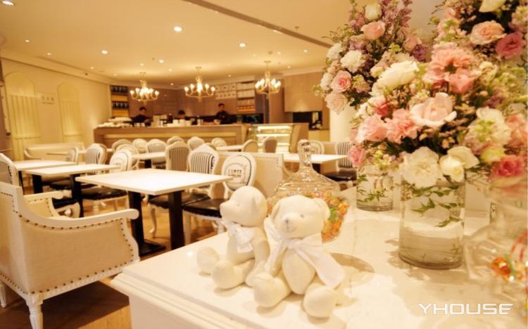 Dazzling Cafe(水秀广场店)