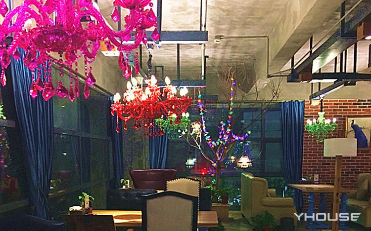 城市花园咖啡店
