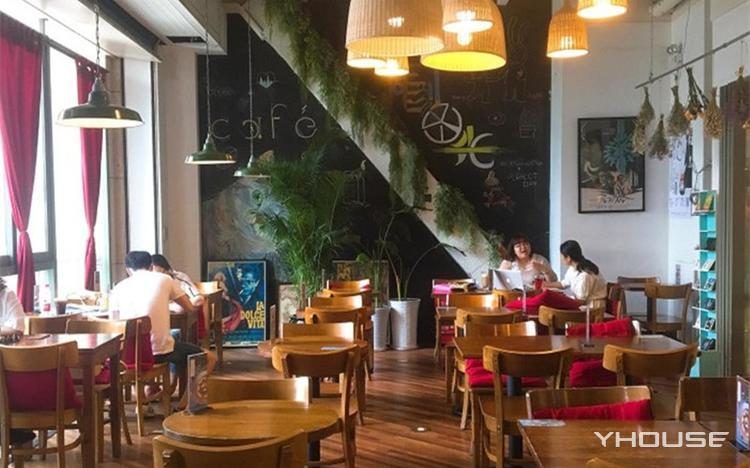 雕刻时光咖啡馆(欧美汇购物中心店)