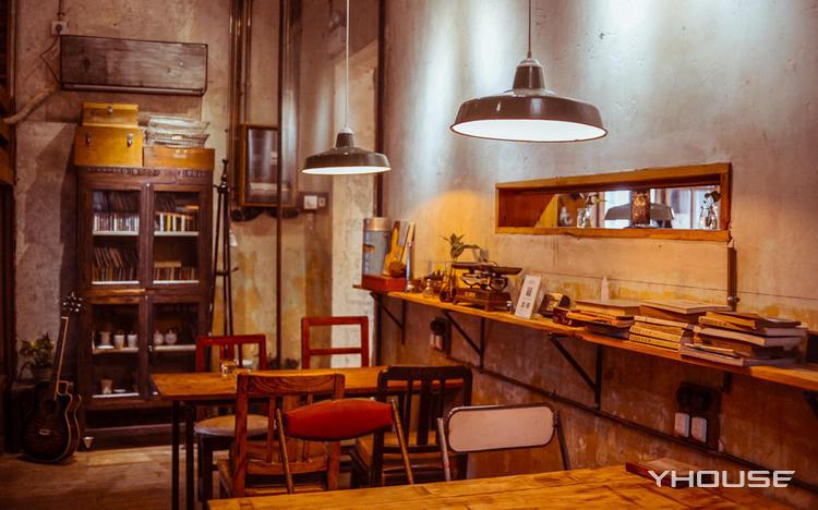 时光之尘咖啡馆(麓山老店)