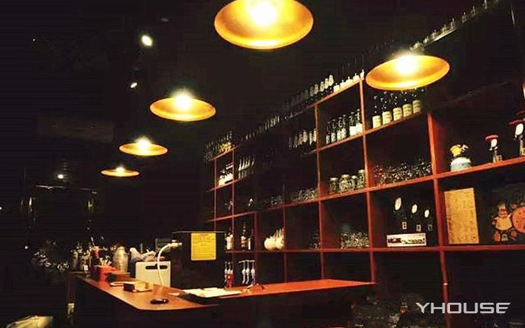 Pause Coffee &Bar(帕苏咖啡馆)