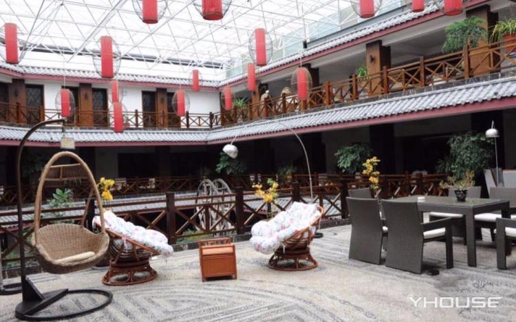 丽歌假日酒店七彩餐厅